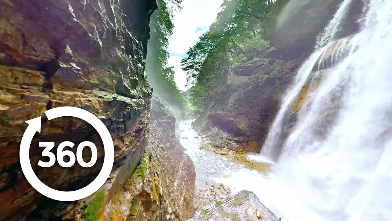 Tour Japan's Ancient History And Modern Marvels in Stunning 360° VR