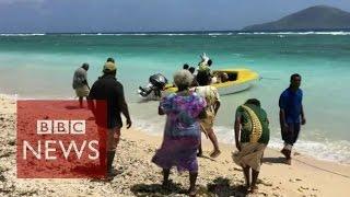 Vanuatu: Residents on Pacific island 'must move' (360 video) - BBC News